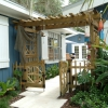 Indian River Gem - Courtyard Entrance